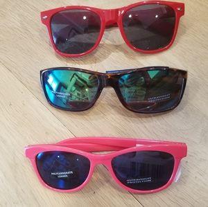 Sunglasses Buddle